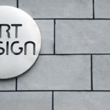 ロゴが10万円以上する理由を解説|デザイナーの裏事情と料金相場